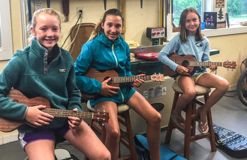 girls ukelele class wrcustom guitars web